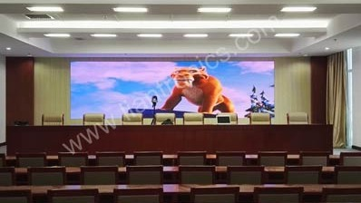 Displays de LED LianTronics de pequeno pixel renova Procuradoria de Erdos People na Mongólia Interior
