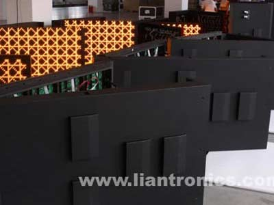 New Waterproof & Adiabatic LED Display Cabinet Came Out in Shenzhen Liantronics
