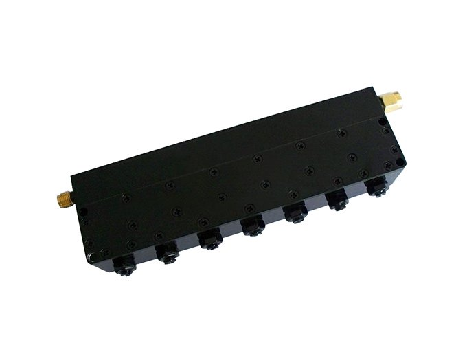 Band Stop Filter With Stop Band of 2400MHz to 2500MHz