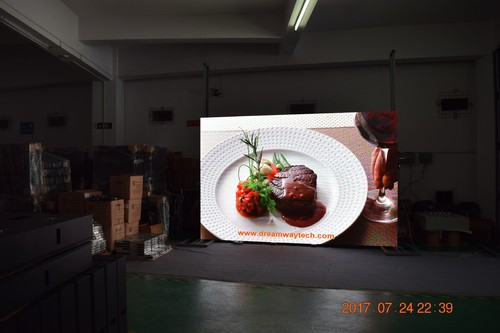 Pantalla LED para interiores de pared de video de paso de píxeles de 2.5 mm con caja de alimentación