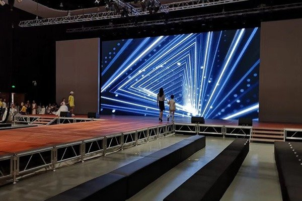 LED Wall Stage Screen Shining on Show in China