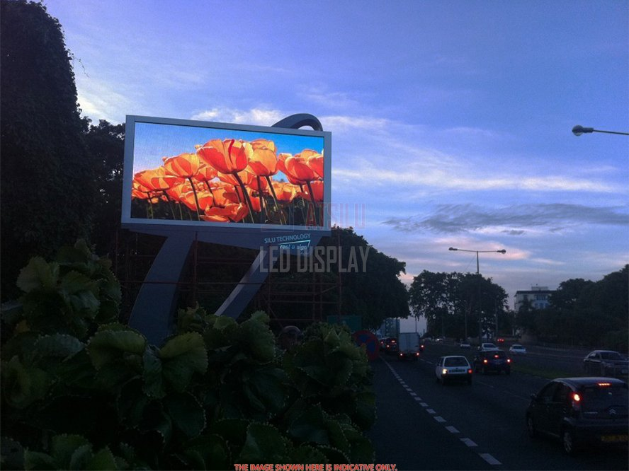 P10mm DIP346 LED Digital Billboard Outdoor Hochhelle Energiesparende LED-Anzeige
