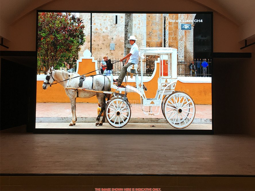 P2.5mm High Refresh Indoor LED Display Zamknij wyświetlanie LED Signage With Vivid Picture