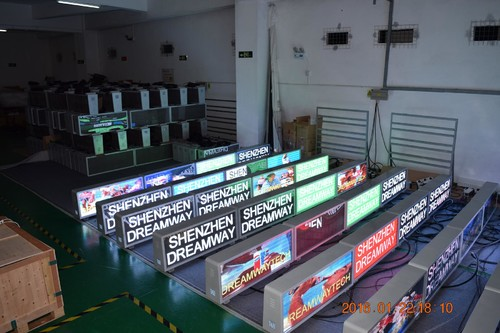 Taxi LED Display of 5mm pp with 6000 nits Brightness 192 by 64 pixels