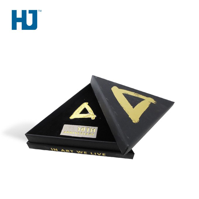 Souvenir Gift Box Pen Gift Box Trophy Gift Box Attractive Shape Luxurious Gift Box