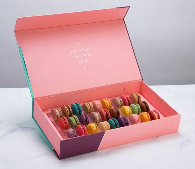 Luxury macaroon gift box