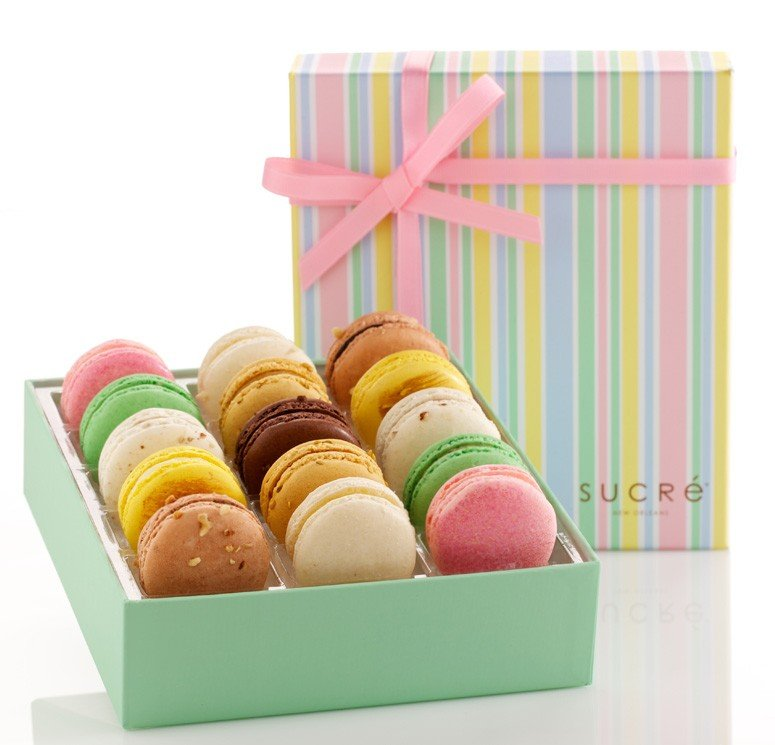 Macaroon packing box with lid