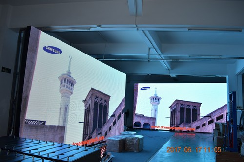 Outdoor LED Display of 6 mm pp Waterproof High Definition Video Wall